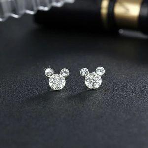 NEW!! 🤍 Faux Diamond Mouse Stud Earrings